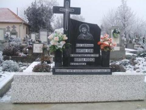 Piatra funerara de la A. F. Morgovan Octavian