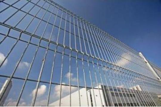 Gard bordurat zincat de la Sveticom- Service Srl