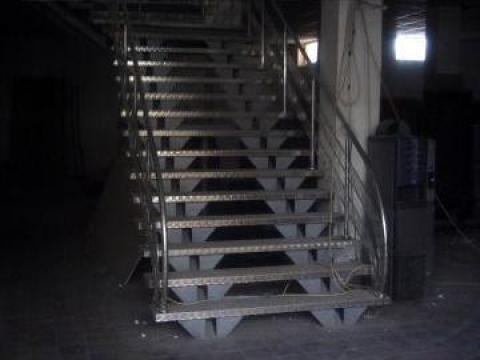 Scara interioara spatiu comercial de la Alexdor Impex Srl