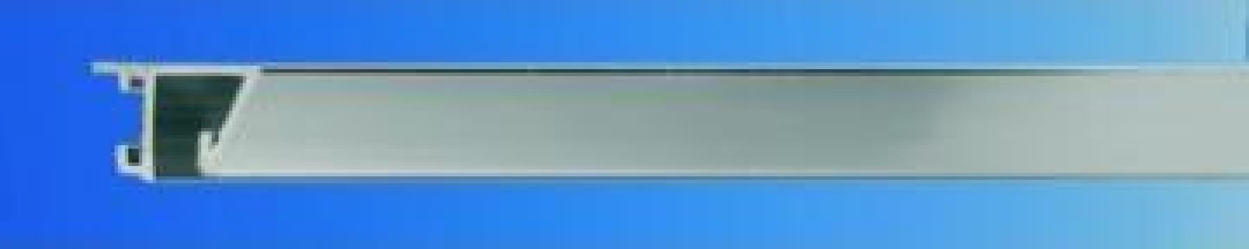 Profil din aluminiu lat A3 mat de la Frameart Decor Srl.