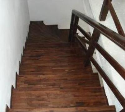 Scari interioare lemn masiv de la Bigal Plast