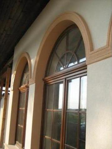 Ancadramente polistiren pentru ferestre