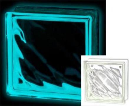 Caramida sticla luminoasa in intuneric de la Blue & Rose Design Srl