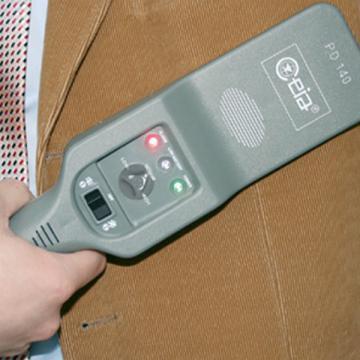 Detector metale manual portabil Ceia PD140 V de la Elset Ecs Srl