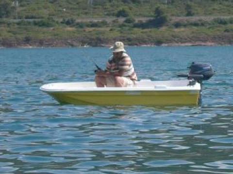 Barca pentru pescuit sau agrement de la Kadmos Management Srl