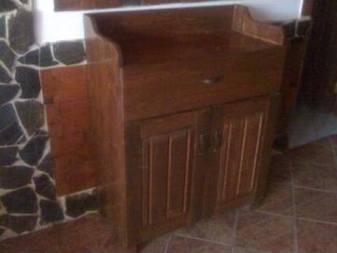 Gheridon lemn masiv