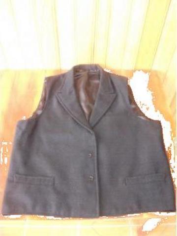 Vesta populara barbat de la S.c. Myratis S.r.l.