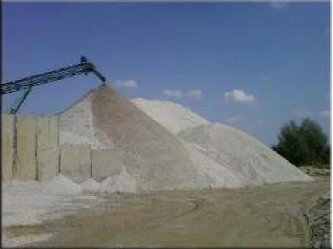 Nisip, balast, margaritar, piatra de la Nipavstil Expert