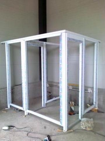 Compartimente interior / exterior din tamplarie PVC de la Profoserv Srl.