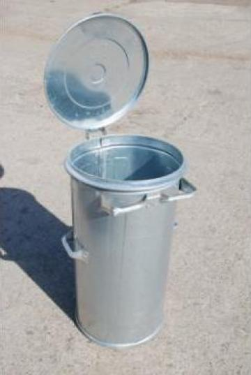 Cos de gunoi metalic de la Federalcoop Prahova