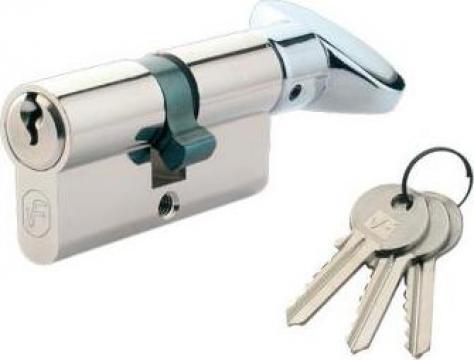 Butuc (cilindru inchidere) usa