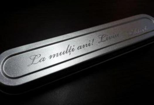 Cutie metalica gravata pentru bijuterii de la Gravoshop