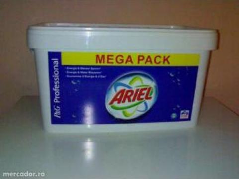 Detergent Ariel de la Bog Universis Srl