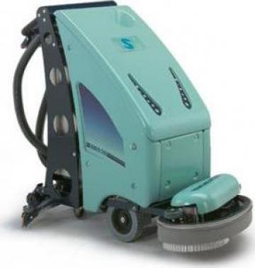 Masina de curatat, spalat si uscat pardosele de la Tehnic Clean System