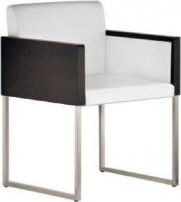 Scaun Box 740 de la Settimo Concept