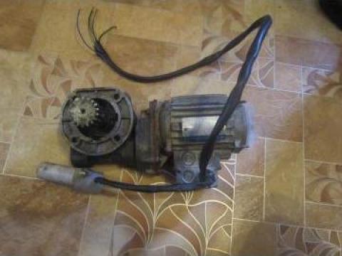 Servicii de bobinat motor pentru reductor 0.85kw, 1450 rpm de la Baza Tehnica Alfa Srl