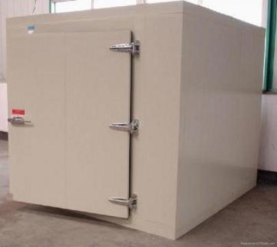 Instalatii frig pentru temperatura joasa (-24, 18grd C) de la Amadi & Co Comimpex Srl