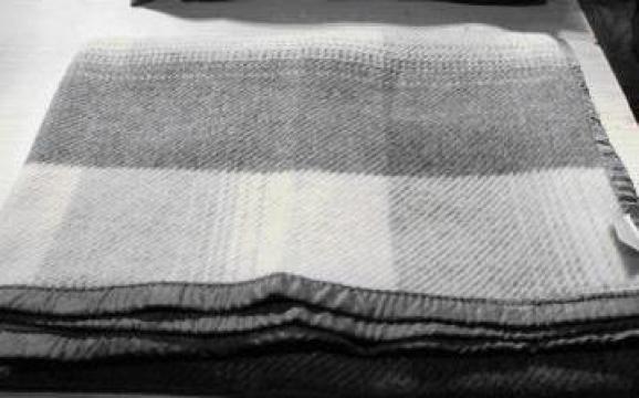 Paturi din lana 70% de la Radoxlab Grup Romania