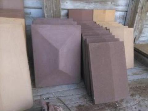 Prefabricate beton, Caciuli gard tuguiate 44/33 cm colorate