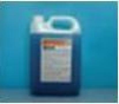 Detergent sanitizant pentru cabine de dus de la Tehnic Clean System