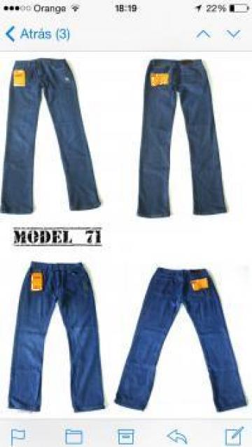 Jeans dama, barbati de la Elenastock S.l