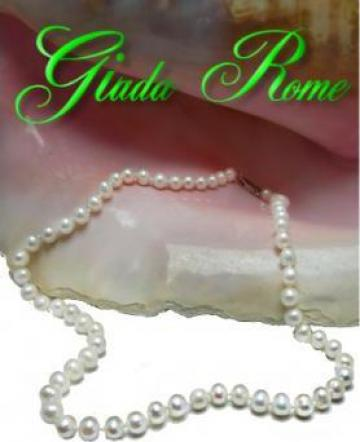 Colier din perle albe naturale de la Giada Rome