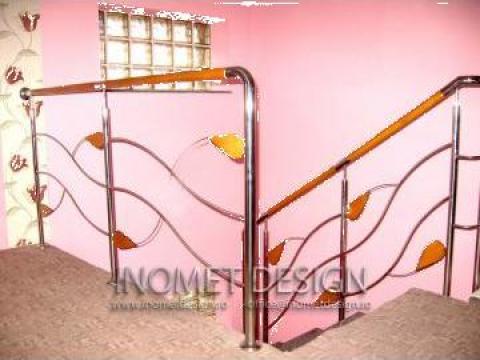 Balustrade inox cu insertii de lemn de la Inomet Design Srl