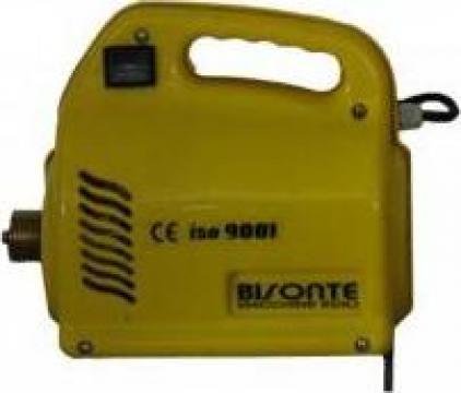 Vibrator pentru beton Bisonte VIB-E de la Electrotools Srl