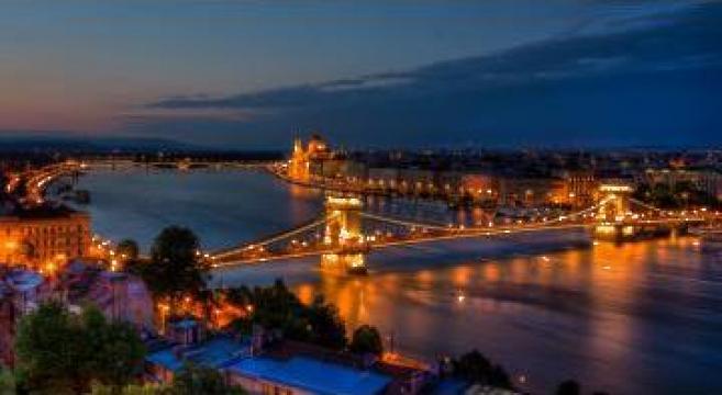 Sejur Piata de Craciun Budapesta si Tur de Viena de la Cistravel Srl