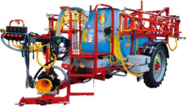Masina de erbicidat tractata 1500l/15m pliere hidraulica