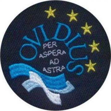 Ecusoane embleme brodate pentru scoli si licee de la Akilex Conf S.r.l.