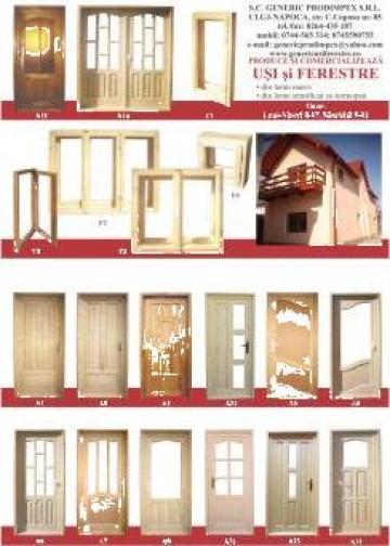 Usa din esente de lemn masiv