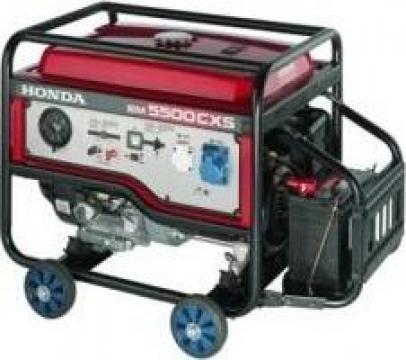 Generator EM 5500CXS de la Nascom Invest