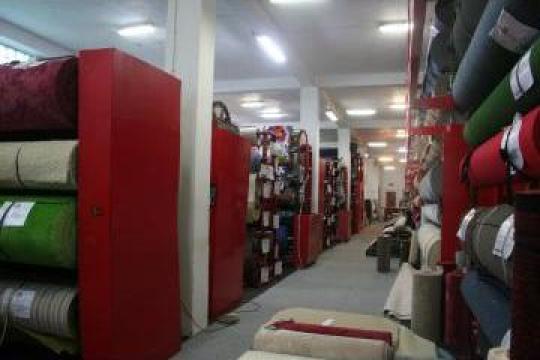 Materiale, accesorii, servicii pt. acoperit podele de la Sc Casa Mosibel Srl