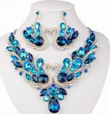 Set bijuterii Safiria - colier si cercei pentru mireasa