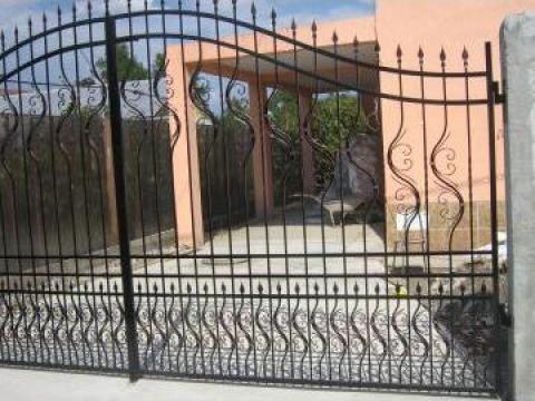 Poarta acces auto din fier forjat PO 044 de la Vietta Srl