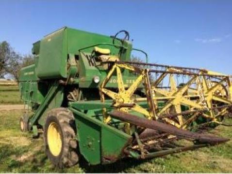 Combina agricola John Deere 430 de la