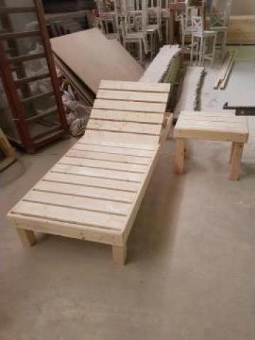 Sezlong din lemn de la Expres Com Alim Srl.