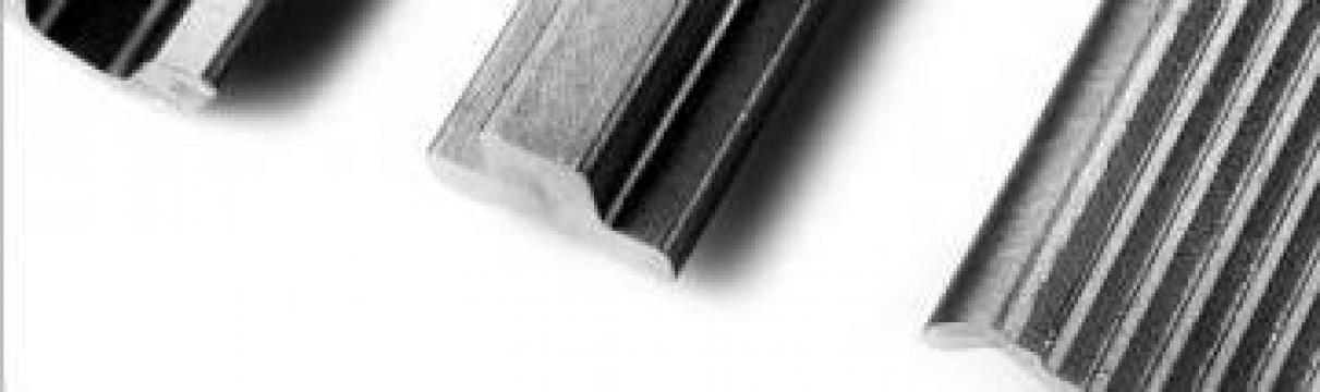Profile speciale din inox laminate la cald de la MRG Stainless Group Srl