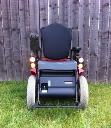 Carucior electric invalizi / persoane handicap Meyra Optimus de la Euro Estate Consulting