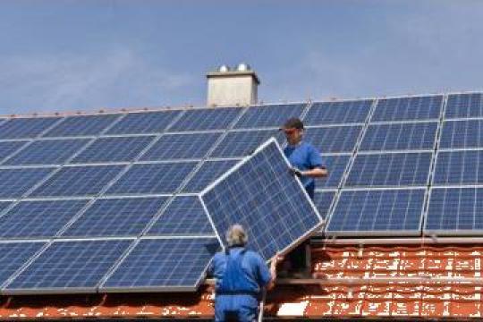 Panouri fotovoltaice WT 250M de la Gamaterm Design