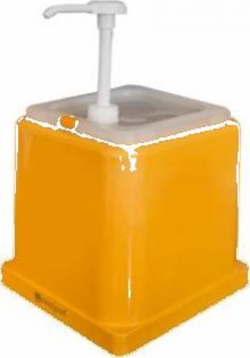 Dispenser din polipropilena cu capac si pompa de la Basarom Com