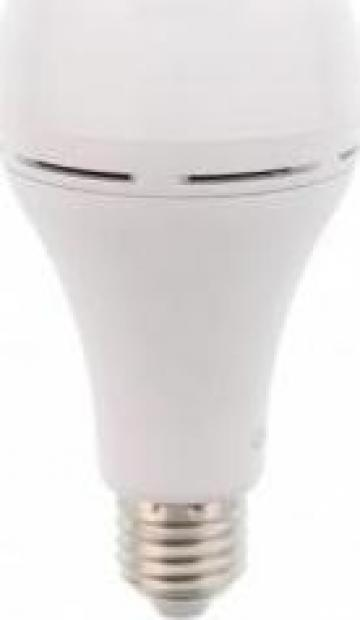 Bec cu Led si acumulator dulie E27 -7W lumina rece de la Electro Supermax Srl