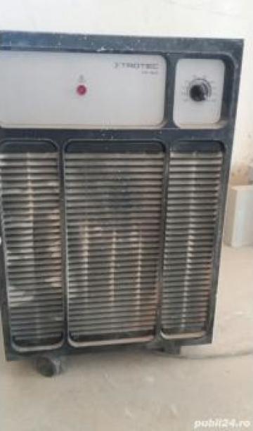 Inchiriere dezumificatoare si vibrator beton de la Conf Met Srl
