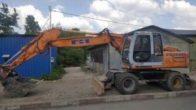 Excavator pe roti 18t si buldoexcavator 8.6t de la Trans Udroiu Srl