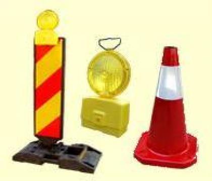 Indicatoare rutiere pentru semnalizare de lucrari de la S.c. Drumalex S.r.l.