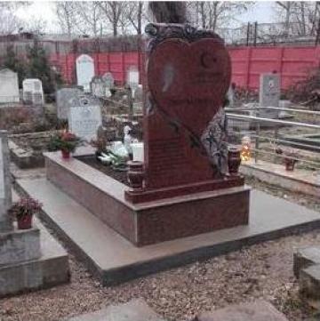 Cruci lemn, metal, mozaic, marmura, granit de la Sim Servicii Funerare SRL