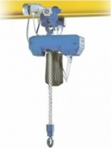 Electropalan cu cablu cu deplasare electrica 2000 Kg de la Electrofrane