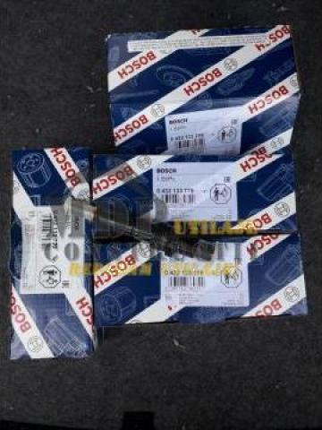 Injectoare Bosch 0432133779 de la Magazinul De Piese Utilaje Srl