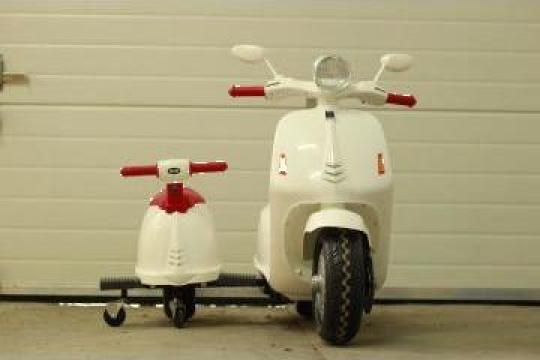 Jucarie scuter electric cu atasament 2 copii City Scooter de la SSP Kinderauto & Beauty Srl